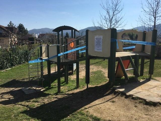 Obvestilo o prepovedi uporabe javnih igral in fitnes naprav
