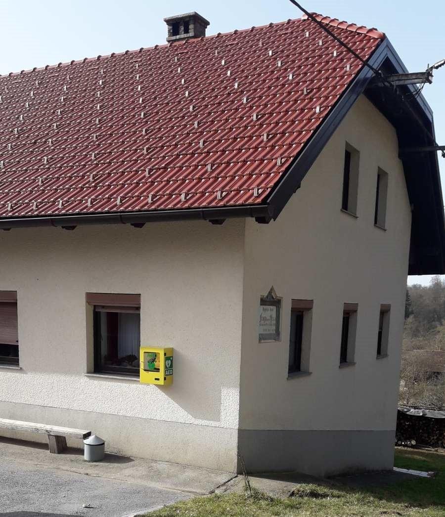 V Zagorici nameščen nov defibrilator